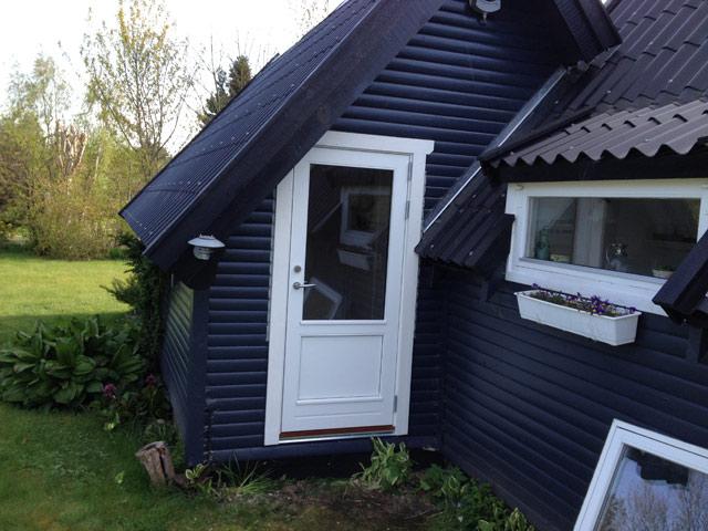 Sommerhus med ny dør